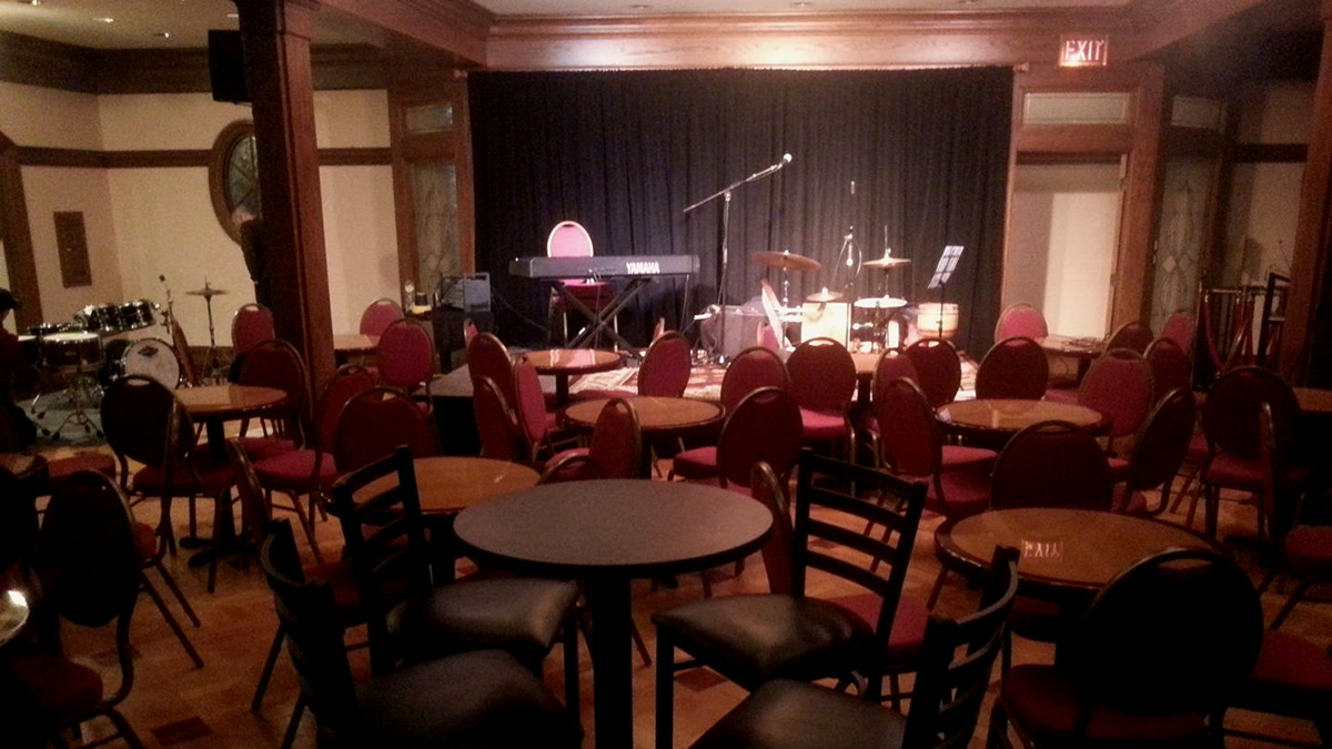 the Stage at 9 Wallis